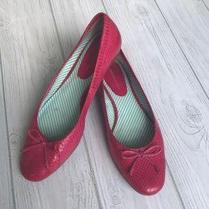 Tommy Hilfiger pink Ballet Flats/Slip on Shoes